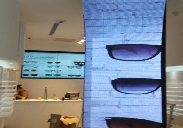 פרוטאץ תכננה ובצעה התקנה של 5 מטר מסך לד מקומר
